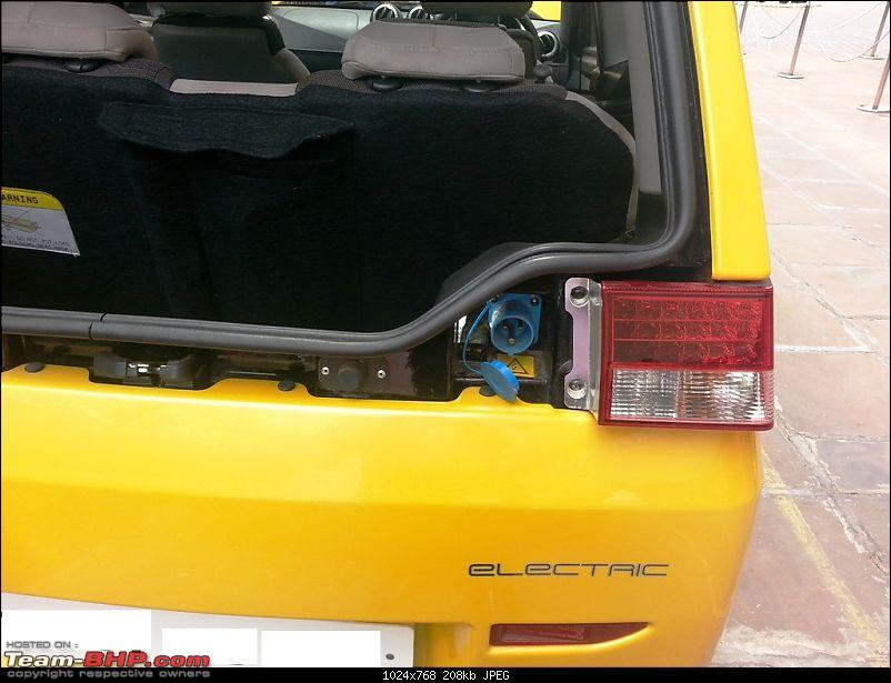 """SCOOP : Detailed Reva NXR pictures. UPDATE: Badged as the """"E2O""""-6.jpg"""