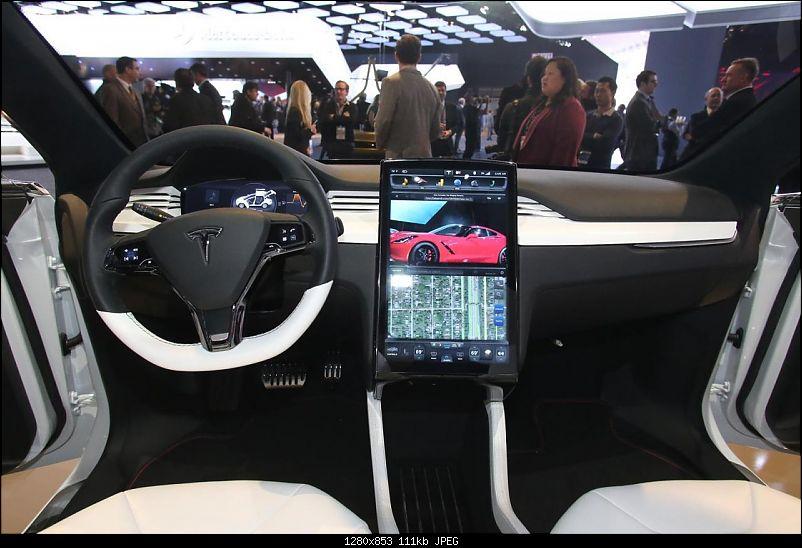 Tesla Model X electric CUV launch in 2015-3.jpg