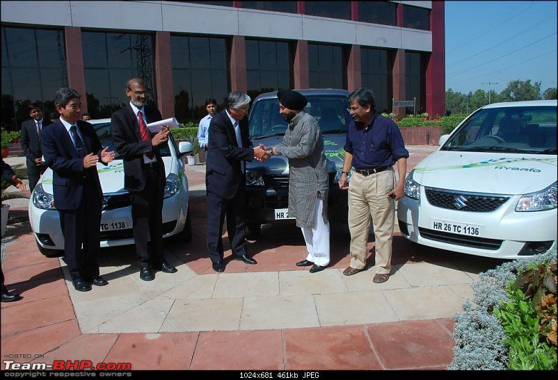 Maruti SX4-Hybrid and Eeco-Electric at the CWG!-pic-1.jpg