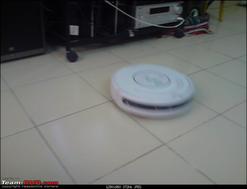 the story of my robot butler - roomba !!-p021008_15.21.jpg