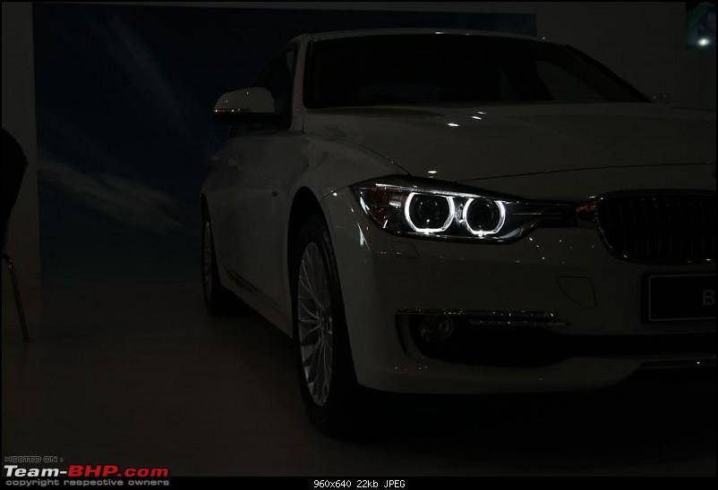 Report & Pics : 2012 Autocar Performance Show, Mumbai-bmw-3-series-headlights.jpg
