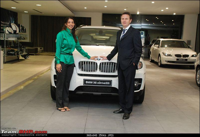 BMW X6 launched at the inauguration of Infinity Car's.-pooja-chourdary-peter-kronschnabl-president-bmw-india.jpg