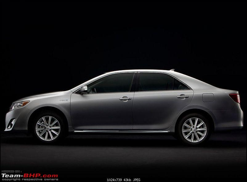 Toyota launching Hybrid Camry in India? Now with Scoop PIC-toyotacamry_hybrid_2012_1024x768_wallpaper_13.jpg