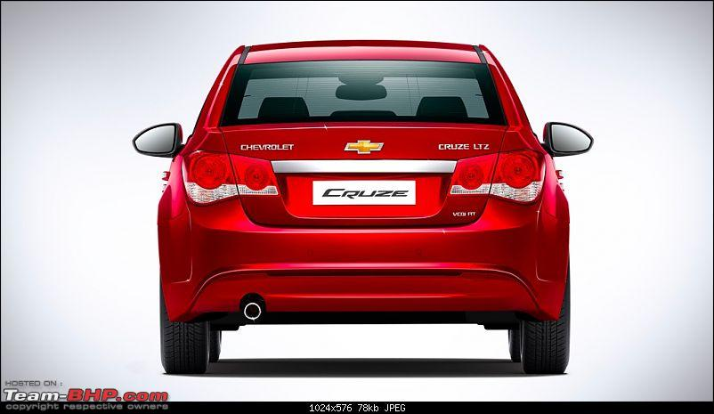 2013 Chevy Cruze Facelift - Launched in India @ 13.75 Lakhs-2013chevroletcruzefaceliftindiarear.jpg