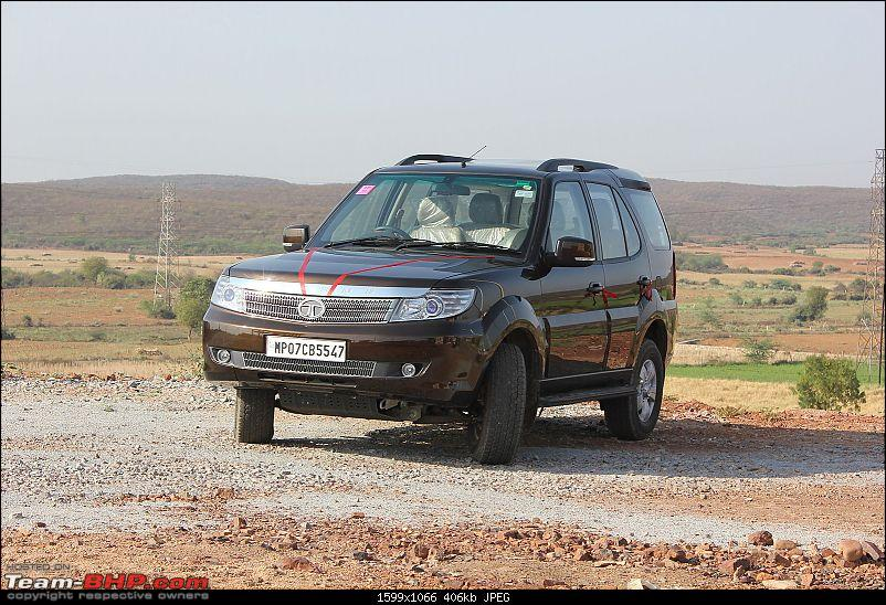 What happened to good looking cars?!-tata_safari_storme_by_soulsteer_from_gwalior_april_2013.jpg