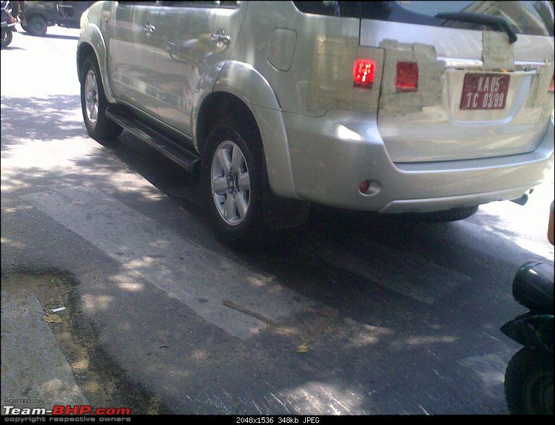 Spotted Toyota Fortuner. PICS on Pg. 5 & 19. EDIT : Launch on 24th August!-14052009004.jpg