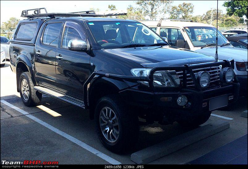 New Toyota Fortuner caught on test in Thailand-hilux.jpg