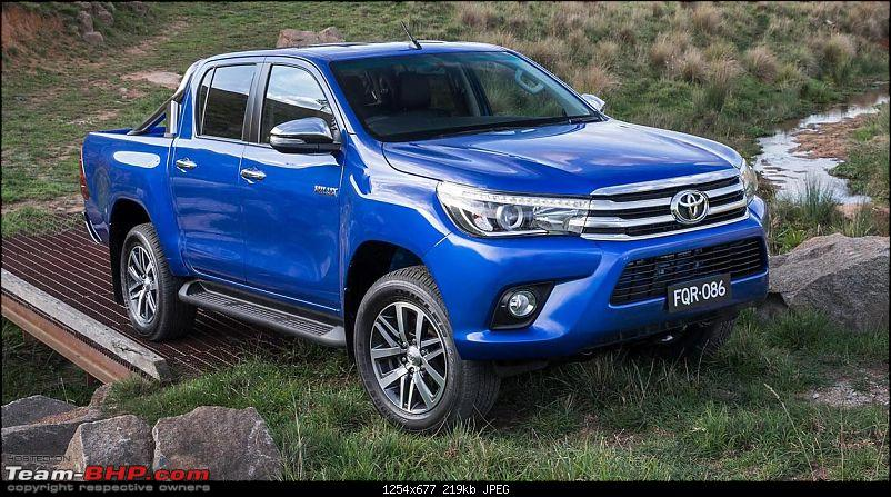 New Toyota Fortuner caught on test in Thailand-2016toyotahilux0.jpg