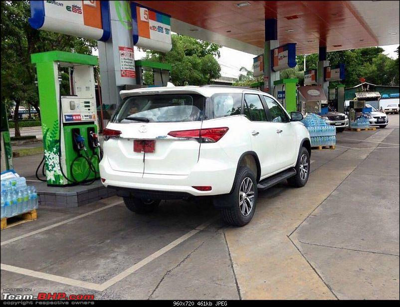 New Toyota Fortuner caught on test in Thailand-imageuploadedbyteambhp1436785785.077714.jpg