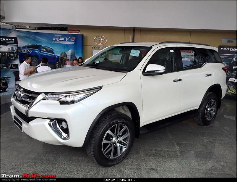 New Toyota Fortuner caught on test in Thailand-2016toyotafortunerfrontthreequarterontheshowroomfloorpostunveil900x675.jpg