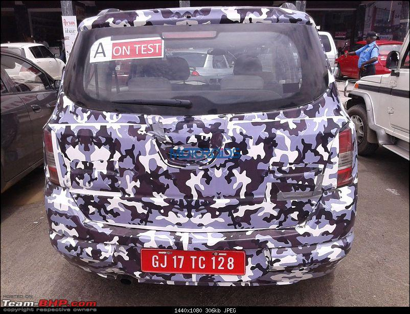 Chevrolet Spin MPV caught testing in Gujarat. EDIT: Will NOT be launched-chevroletspinmpvspyimage1.jpg