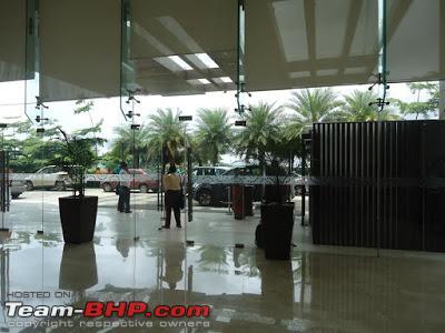 Name:  lobby.jpg Views: 4437 Size:  38.6 KB
