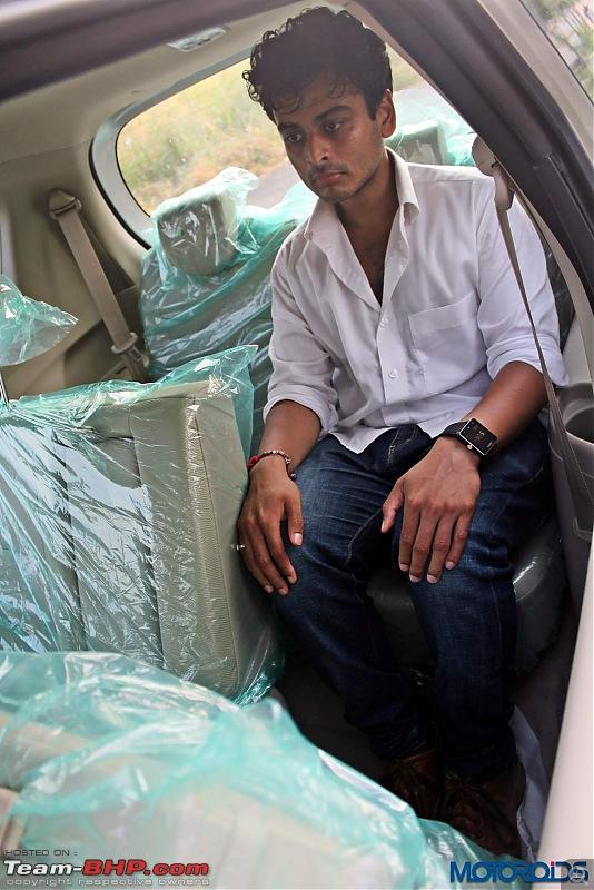 Maruti Ertiga Facelift caught at dealer stockyard-2015marutisuzukiertigazdithirdrowseatingposition_2.jpg