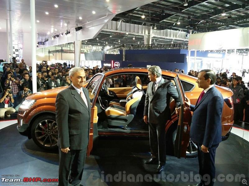 Mahindra @ Auto Expo 2016-mahindraxuvaerosideattheautoexpo20161024x768.jpg
