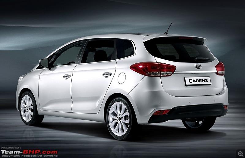 Hyundai MPV coming in 2016-kiacarens2013rear.jpg