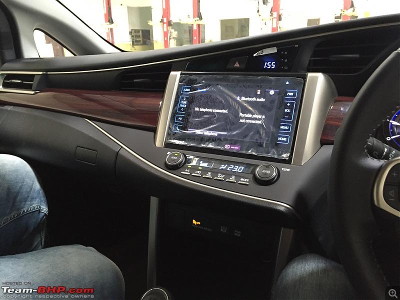 Toyota Innova Crysta @ Auto Expo 2016-imageuploadedbyteambhp1461490875.475583.jpg