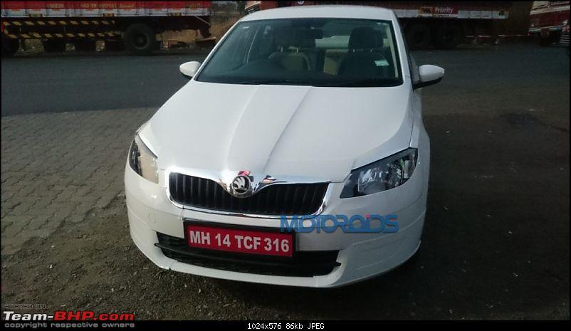Skoda Rapid facelift caught testing. EDIT: Launched at Rs. 8.35 lakhs-skodarapidfacelift61024x576.jpg
