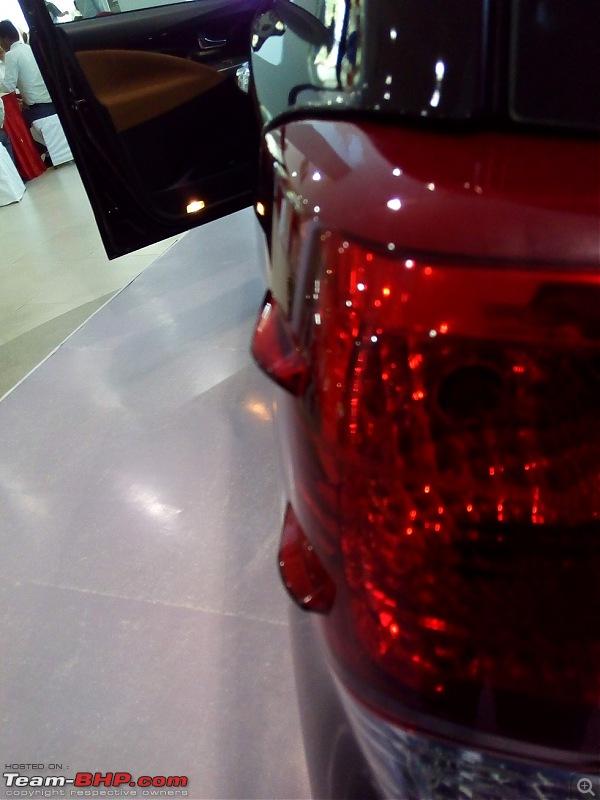 Toyota Innova Crysta @ Auto Expo 2016-tail-lmp.jpg