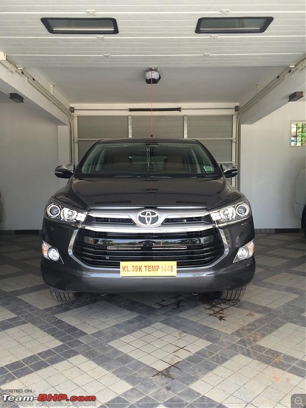 Toyota Innova Crysta @ Auto Expo 2016-imageuploadedbyteambhp1463976258.892507.jpg
