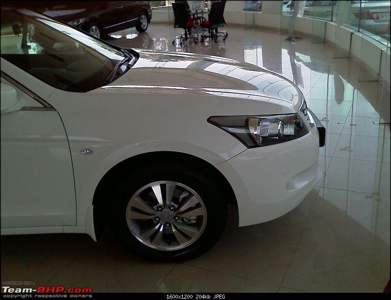 New Honda Accord - Launched Pics on Pg 6-imag0048.jpg