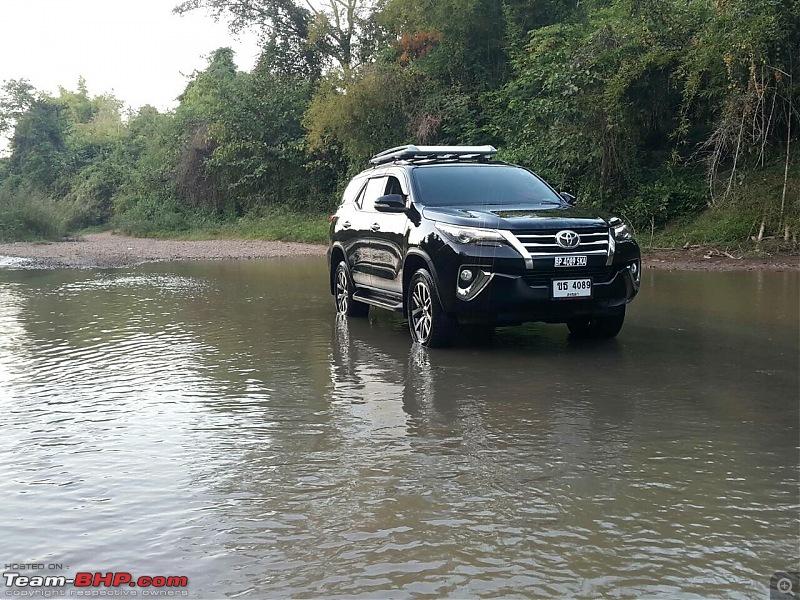 New Toyota Fortuner caught on test in Thailand-imageuploadedbyteambhp1468642593.241250.jpg