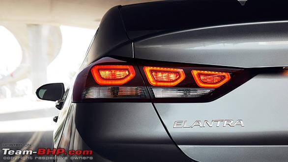Name:  2017Elantra18LED_Taillights.jpg