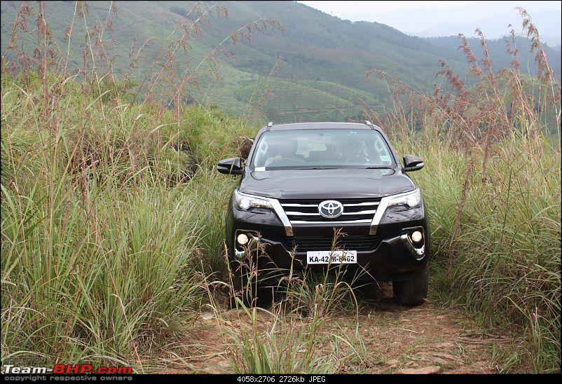 Scoop! Next-gen Toyota Fortuner spotted. EDIT: Preview on page 14-img_6974.jpg