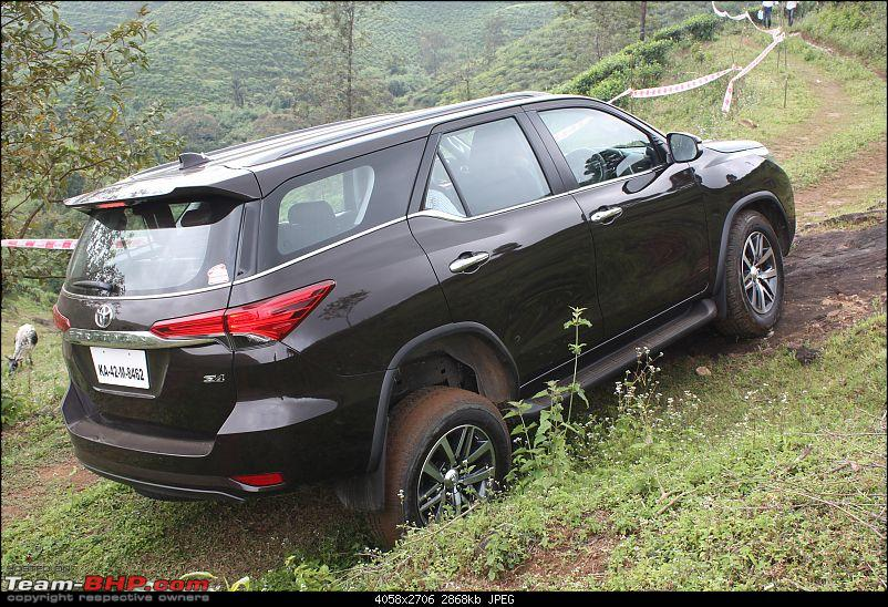 Scoop! Next-gen Toyota Fortuner spotted. EDIT: Preview on page 14-img_6987.jpg