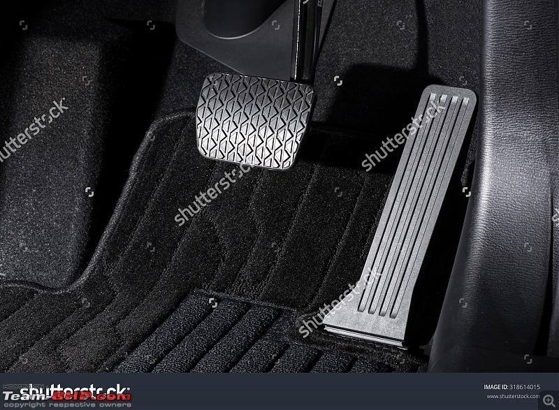 The 2016 Hyundai Tucson. EDIT: Launched-stockphotobrakeandacceleratorpedalofautomatictransmissioncar318614015.jpg