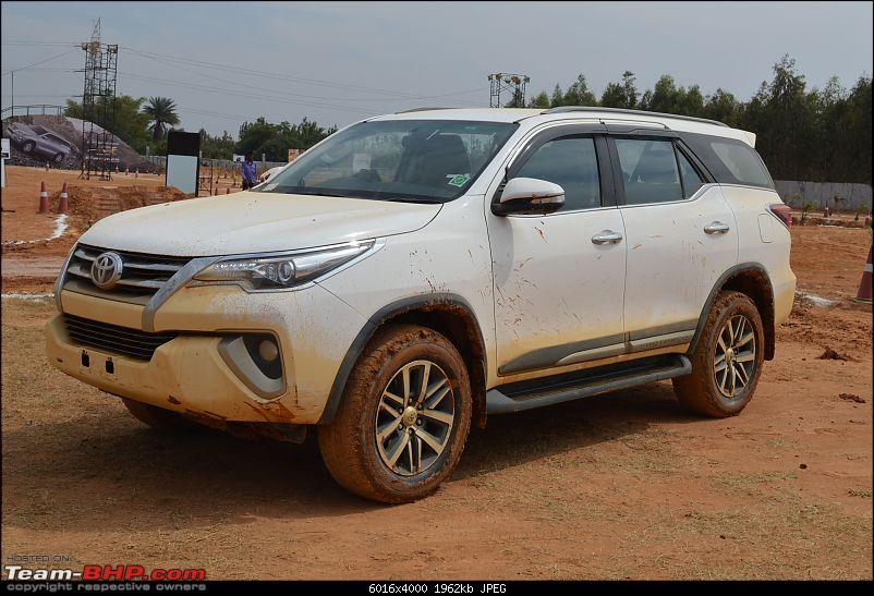Scoop! Next-gen Toyota Fortuner spotted. EDIT: Preview on page 14-dsc_0037.jpg
