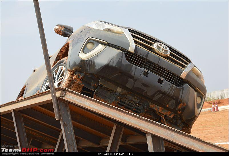 Scoop! Next-gen Toyota Fortuner spotted. EDIT: Preview on page 14-dsc_0122.jpg