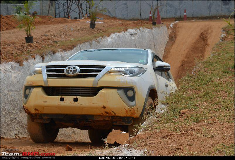 Scoop! Next-gen Toyota Fortuner spotted. EDIT: Preview on page 14-dsc_0153.jpg