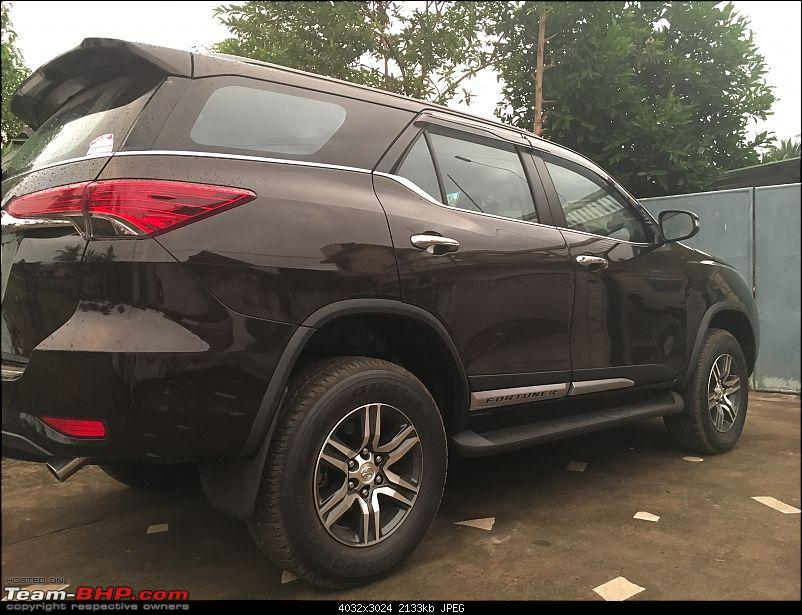 Scoop! Next-gen Toyota Fortuner spotted. EDIT: Preview on page 14-img_4678.jpg