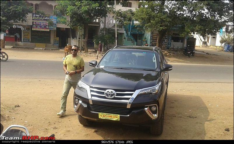 Scoop! Next-gen Toyota Fortuner spotted. EDIT: Preview on page 14-img_4924.jpg