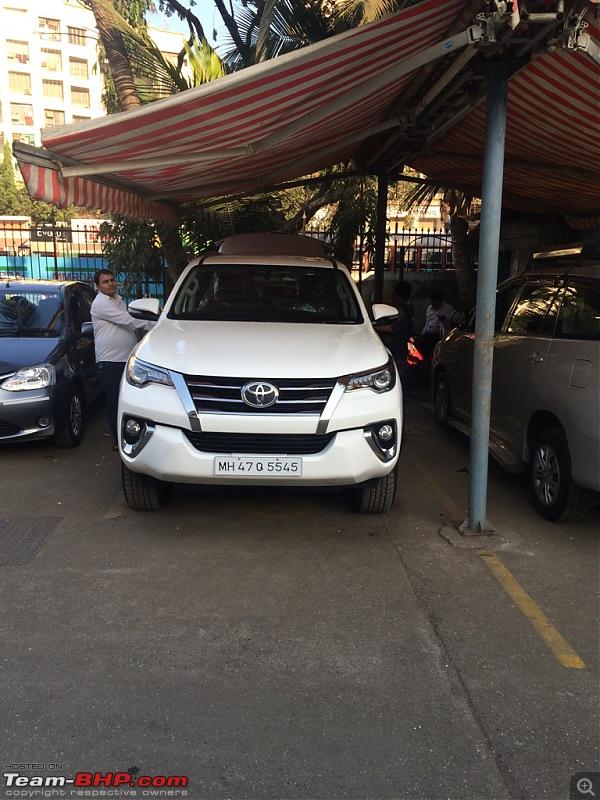 Scoop! Next-gen Toyota Fortuner spotted. EDIT: Preview on page 14-imageuploadedbyteambhp1483625779.286668.jpg