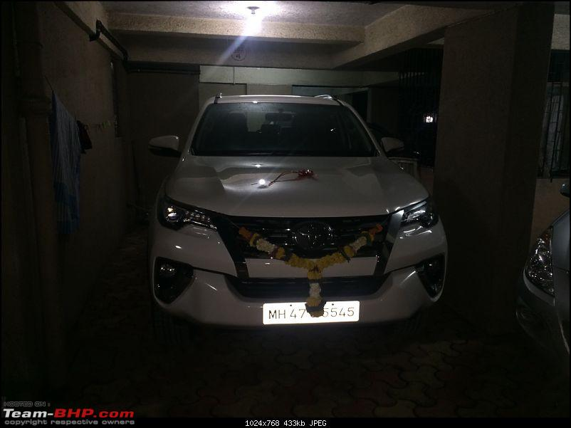 Scoop! Next-gen Toyota Fortuner spotted. EDIT: Preview on page 14-imageuploadedbyteambhp1483625845.603146.jpg