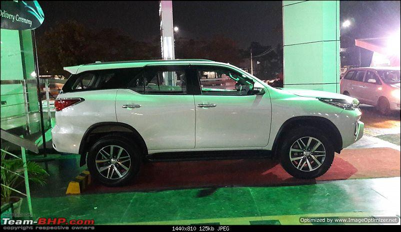 Scoop! Next-gen Toyota Fortuner spotted. EDIT: Preview on page 14-side-opt.jpg
