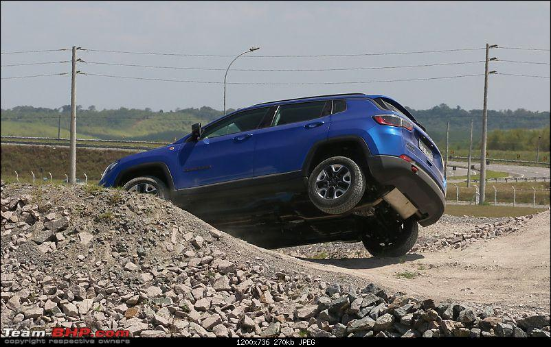 Meeting the Jeep Compass. EDIT: Priced between 14.95 to 20.65 lakhs-jeepcompass9.jpg