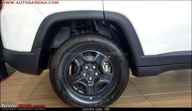 Meeting the Jeep Compass. EDIT: Priced between 14.95 to 20.65 lakhs-jeepcompasssportbasevariant6.jpg