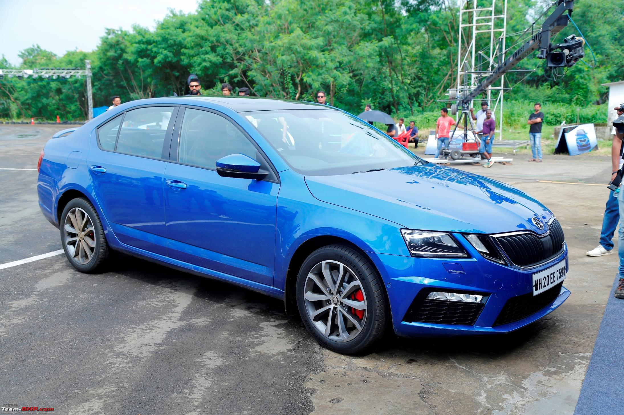 scoop skoda octavia vrs spotted in mumbai edit launched. Black Bedroom Furniture Sets. Home Design Ideas