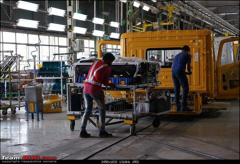 Mahindra Logistics : An insight into automotive logistics at a car factory-17.jpg
