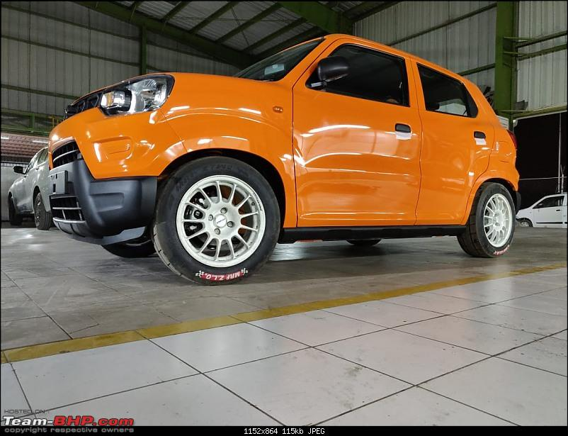 Maruti S-Presso, the SUV'ish hatchback. EDIT : Launched at Rs. 3.69 lakhs-233833eii4hgjvaaamcl5.jpg