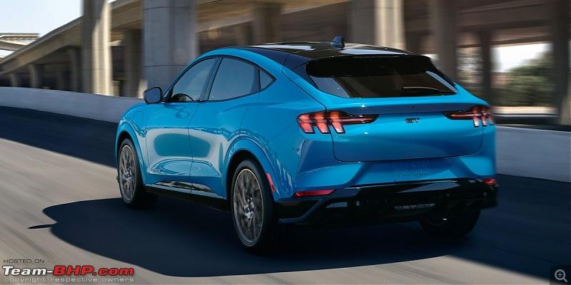 4th-gen Hyundai Tucson spotted in South Korea-2021fordmustangmache2161574000538.jpg