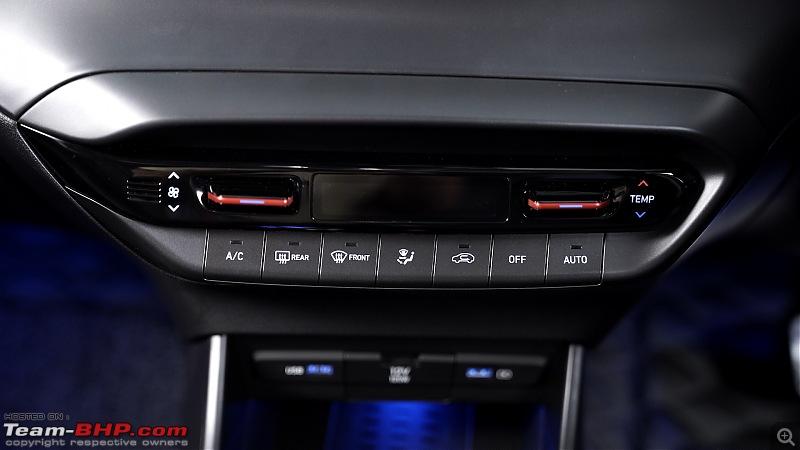 The 2020 Hyundai i20 : A Close Look & Preview-i20-interior-18.jpg
