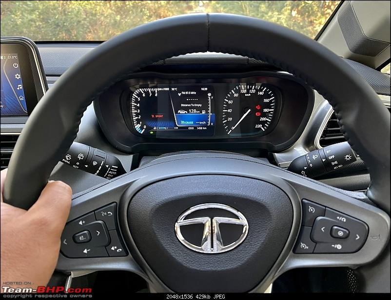 Tata Altroz with turbo petrol engine spotted undisguised-20210114_192602.jpg