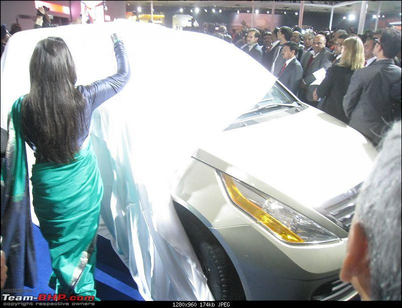 Pics: Tata Motors unveil the Aria (Indicruze) at the Auto Expo 2010. Video: Pg 52-02.jpg