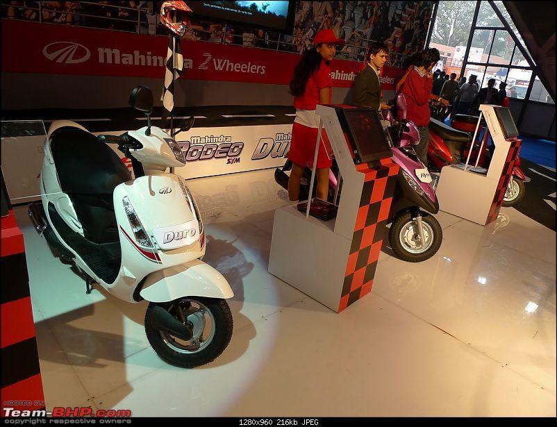 Mahindra at the Auto Expo 2010-p1030705.jpg