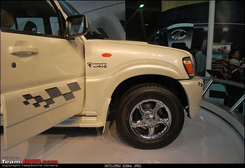 Mahindra at the Auto Expo 2010-dsc_0032.jpg
