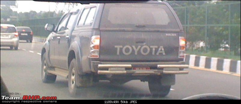 SPOTTED !!! Toyota Hilux -- on Fortuner lines-1.jpg