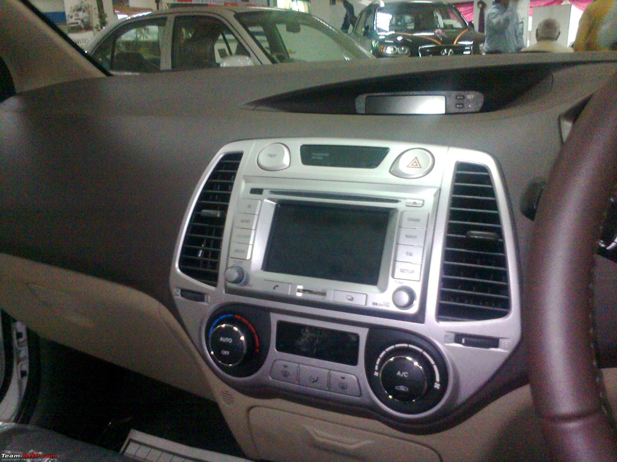 hyundai launches i20 with satellite navigation page 4. Black Bedroom Furniture Sets. Home Design Ideas